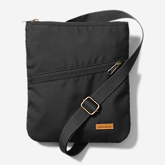 Connect 3-Zip Travel Bag in Black