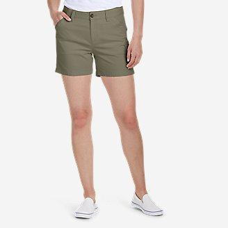 Women's Centerline Utility Cargo Shorts in Green