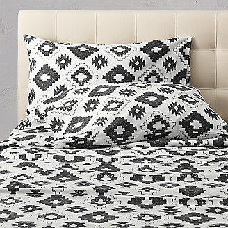 Flannel Pillowcase Set - Pattern in Black