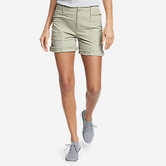 Women's Guides' Day Off Utility Shorts in Green