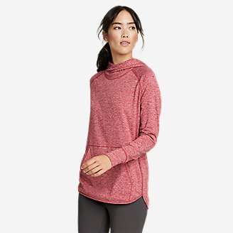 Women's Treign Pullover Hoodie in Red