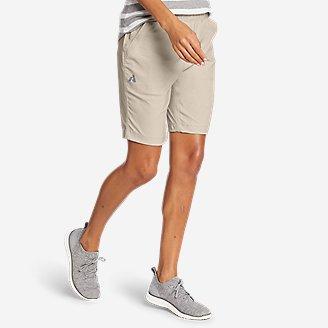 Women's Guide Ripstop Shorts in Beige