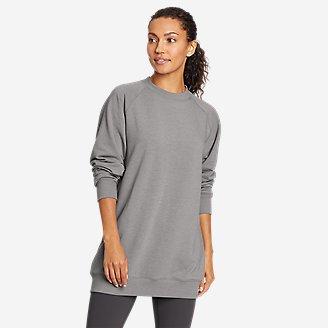 Women's Motion Cozy Camp Slouchy Crew Sweatshirt in Gray