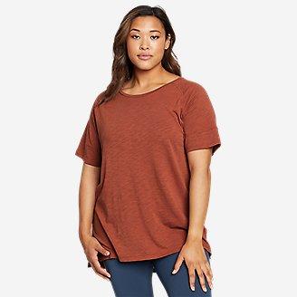 Women's Gate Check Short-Sleeve Step-Hem T-Shirt in Red